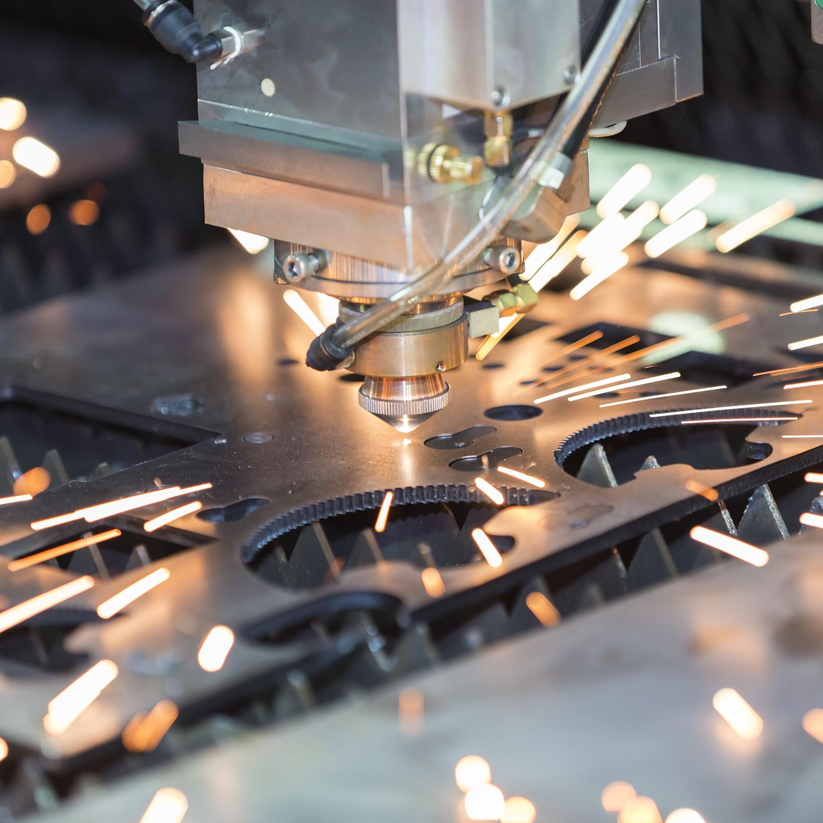 Ekstrakcija laserom i plazmom